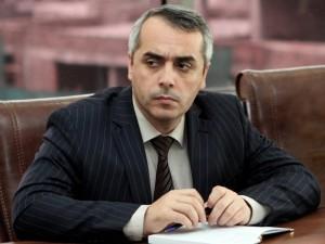 elman_babayev_090415-300x225