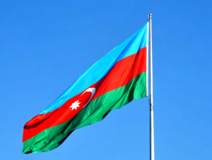 trend_azerbaijan_flag_081114_03