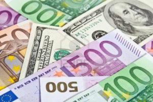 dollar_euro_140715_1